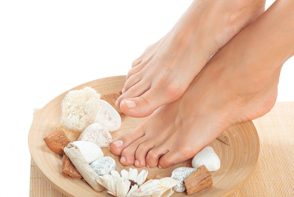Cách chăm sóc gót chân - Nguyên nhân gót chân nứt nẻ