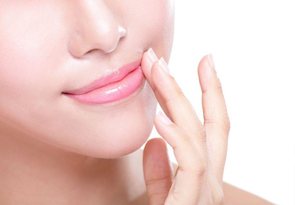 Cách khắc phục thâm môi bằng mặt nạ DIY đơn giản tại nhà
