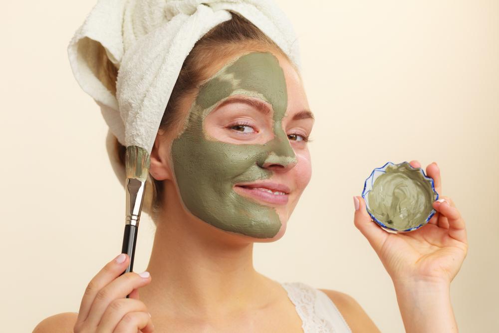 Mặt nạ đất sét xanh giúp bổ sung collagen cho da