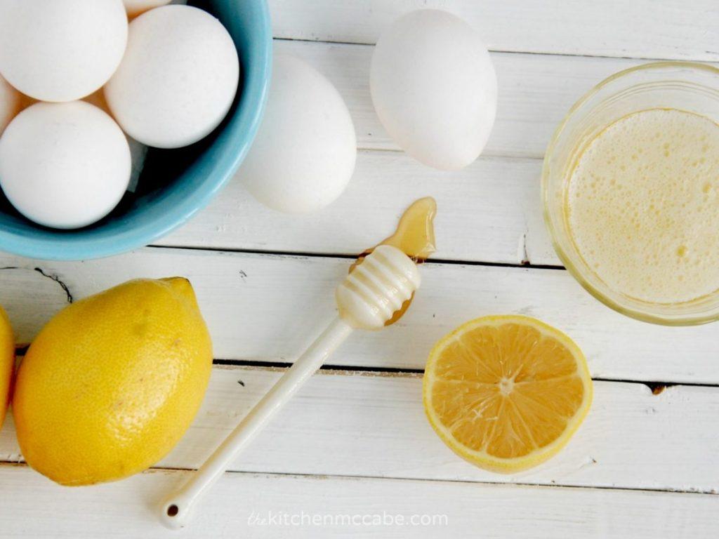 Bổ sung collagen với mặt nạ lòng trắng trứng giúp da căng mịn