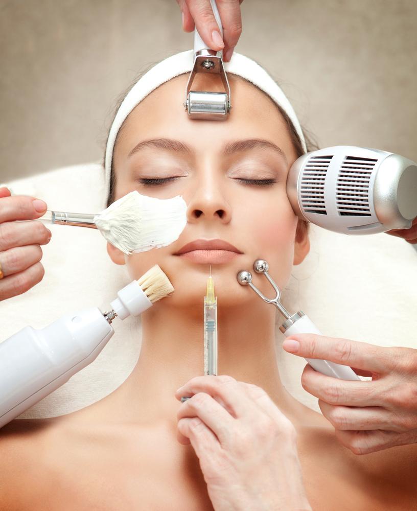Nên chăm sóc da mặt ở spa uy tín, trang thiết bị sạch sẽ